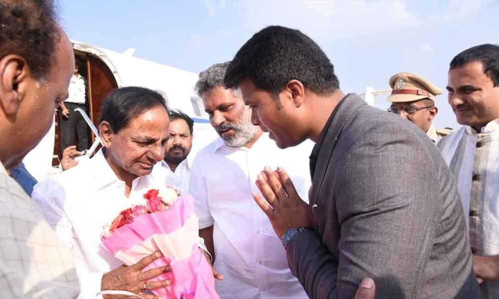 Telangana Chief Minister KCR reaches Tirupati
