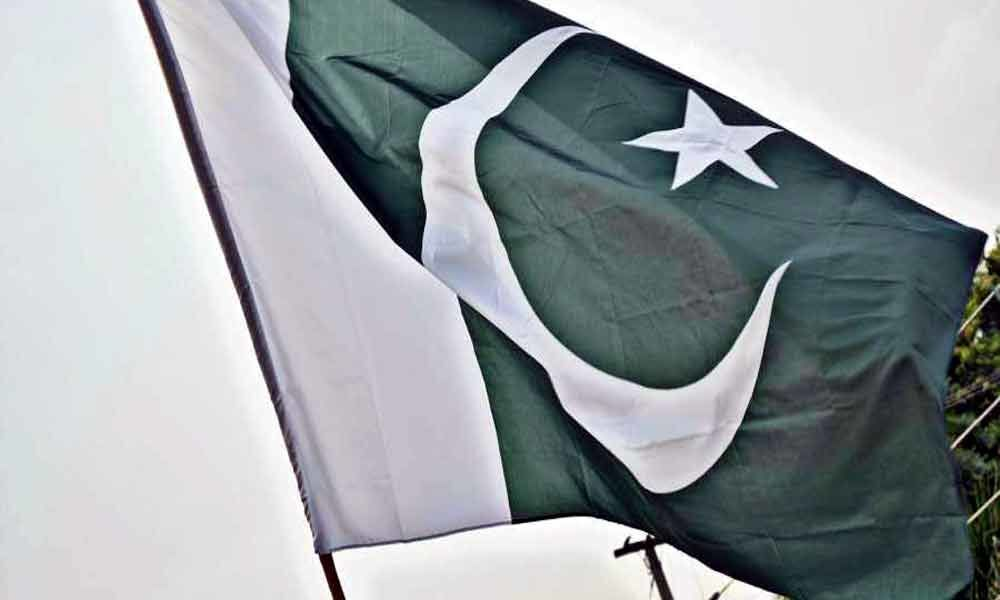 Pakistan soldier killed as militants attack security outpost