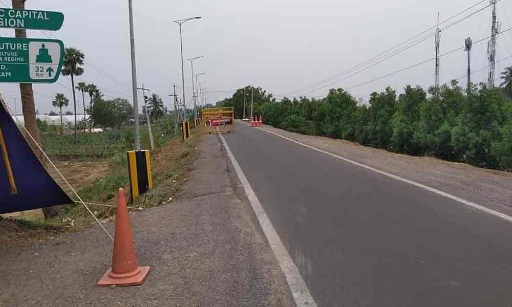 Karakatta road wears deserted look