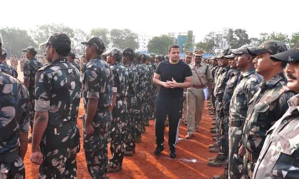 Active, fit men will be selected QRT and SWAT teams: SP
