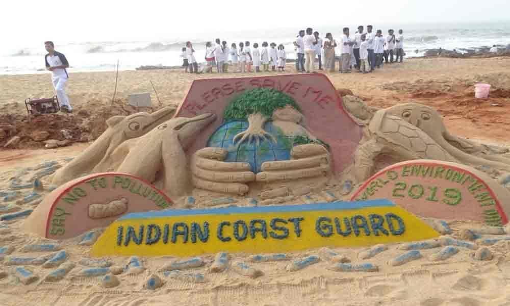 Coast Guard hosts clean-up drive
