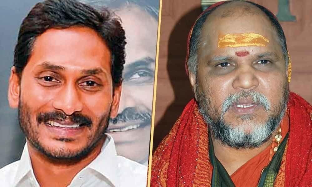 Jagan to seek blessings of Sharada Peetham seer today