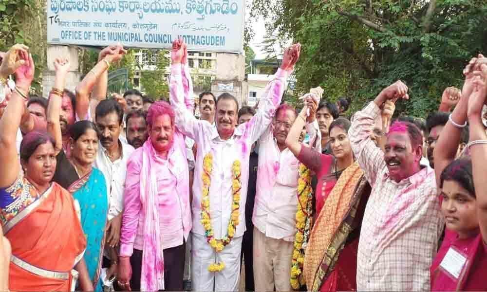 TRS sweeps Parishad polls in Kothagudem