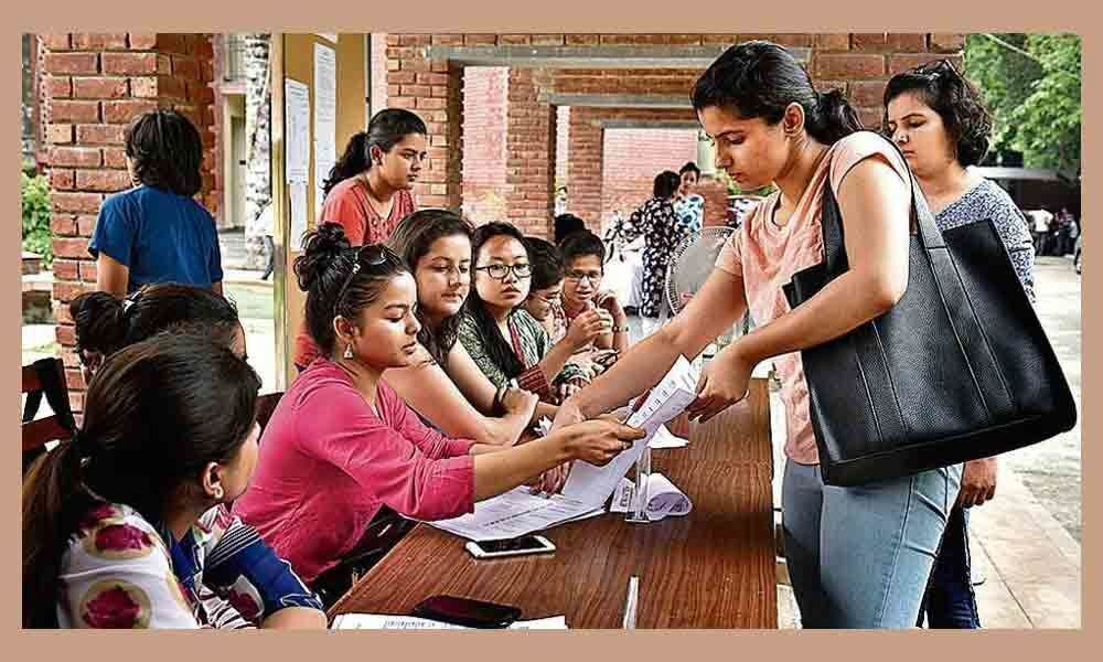 Over 2 lakh students register on DUs website for admissions
