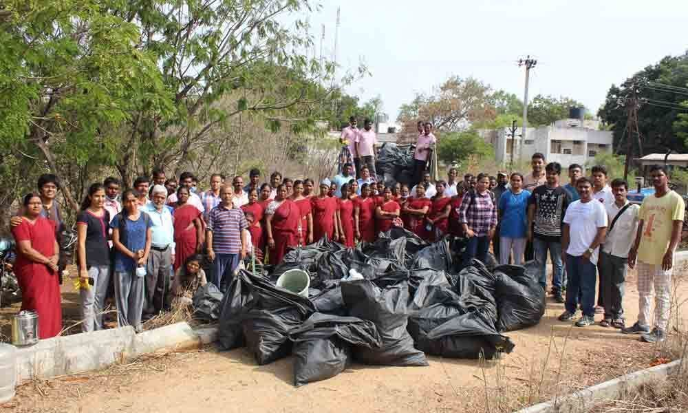 University of Hyderabad on a lake clean up drive