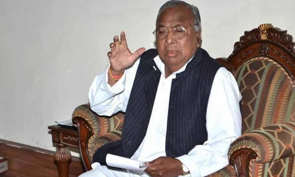 New secretariat at existing place a victory to Congress: V Hanumantha Rao