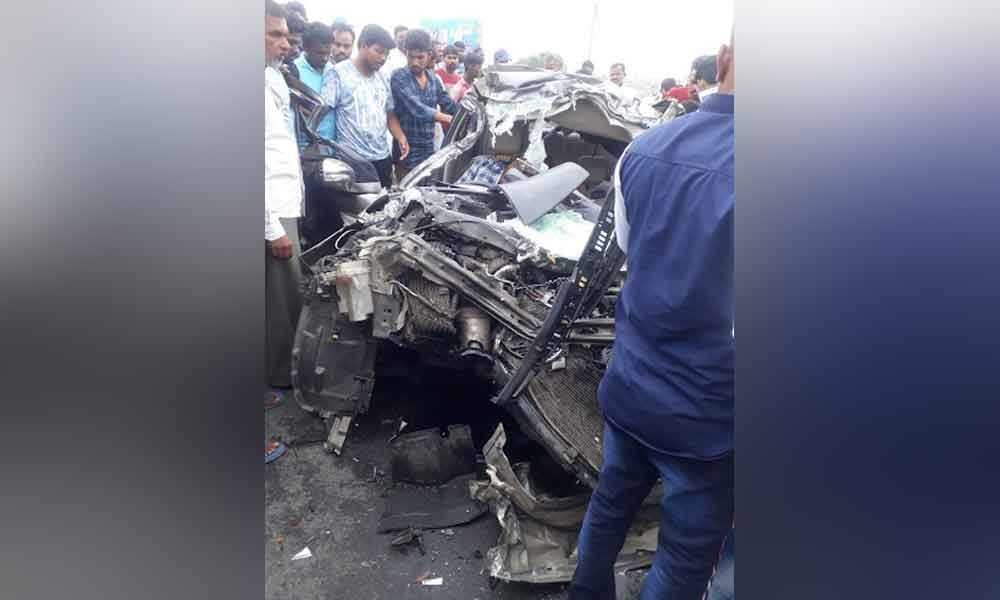 Two died in road accident at Gooty