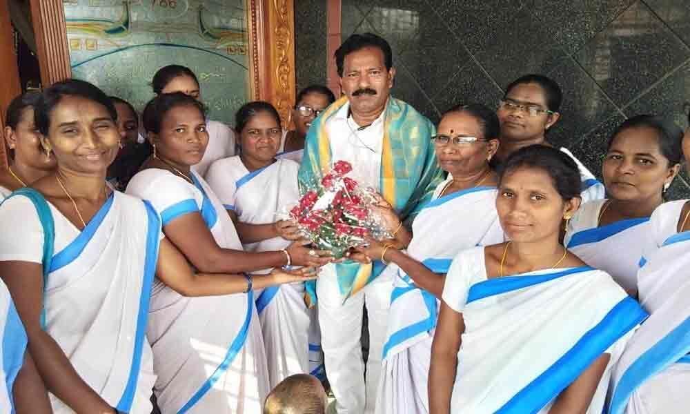 Asha workers felicitate MLA
