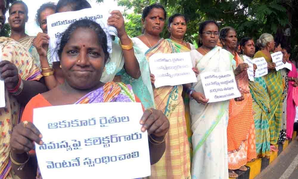 Farmers demand permanent stalls in Visakhapatnam