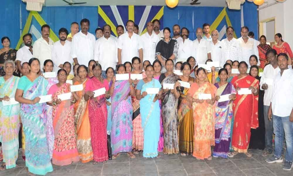 Kalyana Lakshmi, Shaadi cheques distributed