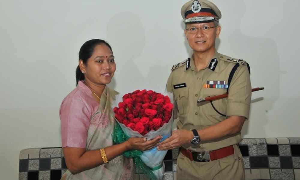 Political attacks are not good :Home Minister Mekathoti Sucharita