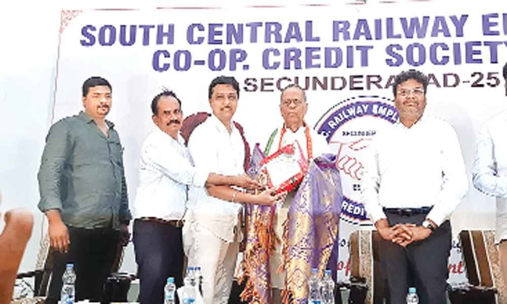 Navarathna scheme to cover South Central Railway employees