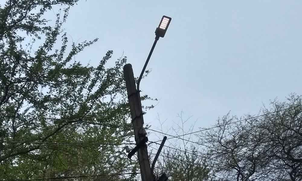 Streetlights not turned off during day