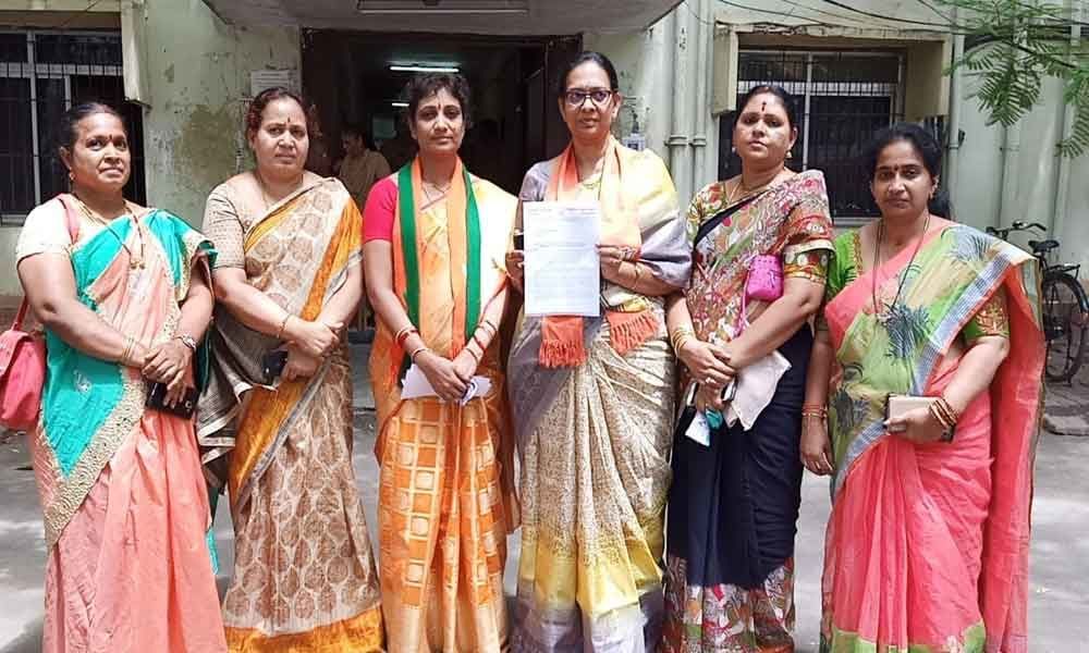 BJP Mahila Morcha complains to State Human Rights Commission