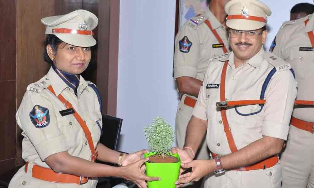Raja Kumari takes charge as Vizianagaram SP