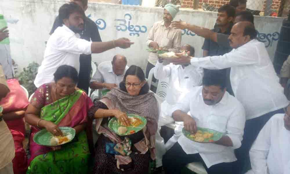 5 meal rolled out in Bhongir