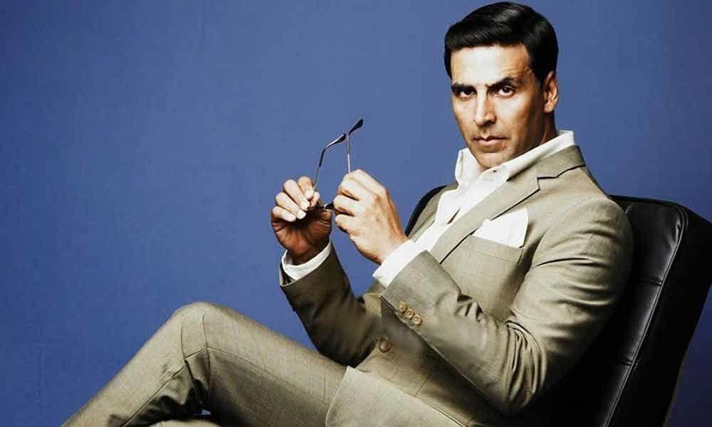 Akshay urges fans to shun negative trends