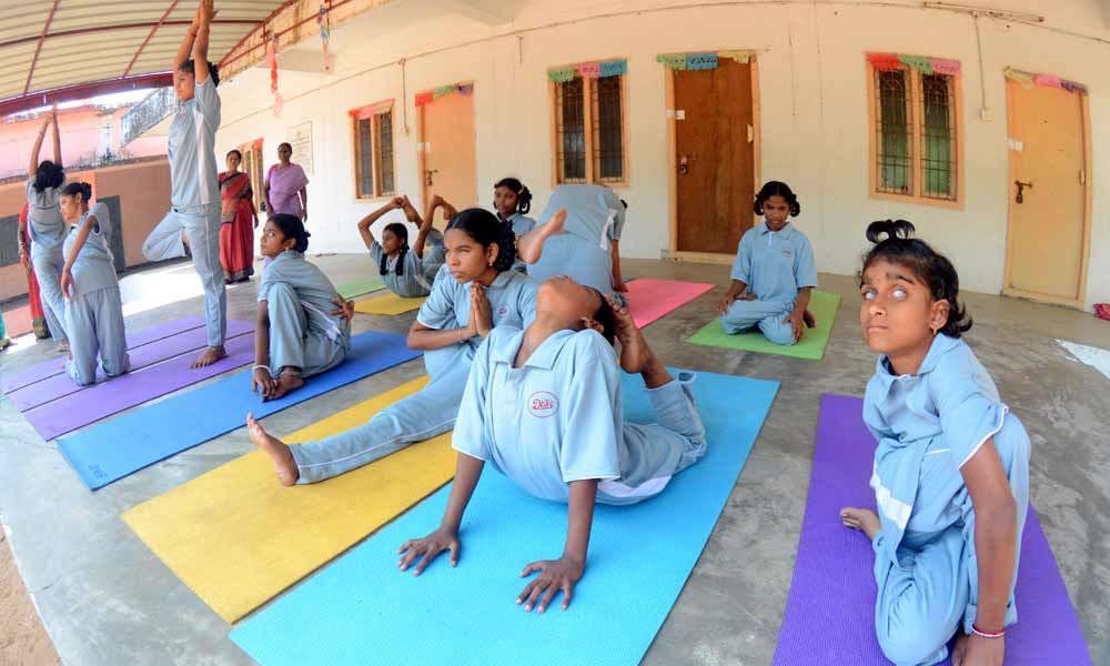 Bonding over asanas that shaped their lives