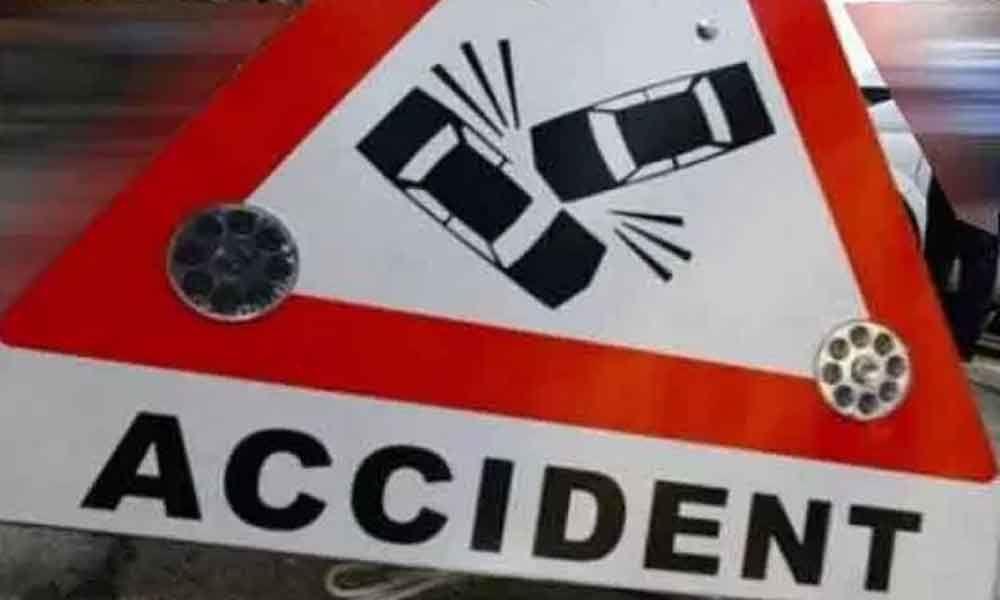Five of family die in road mishap