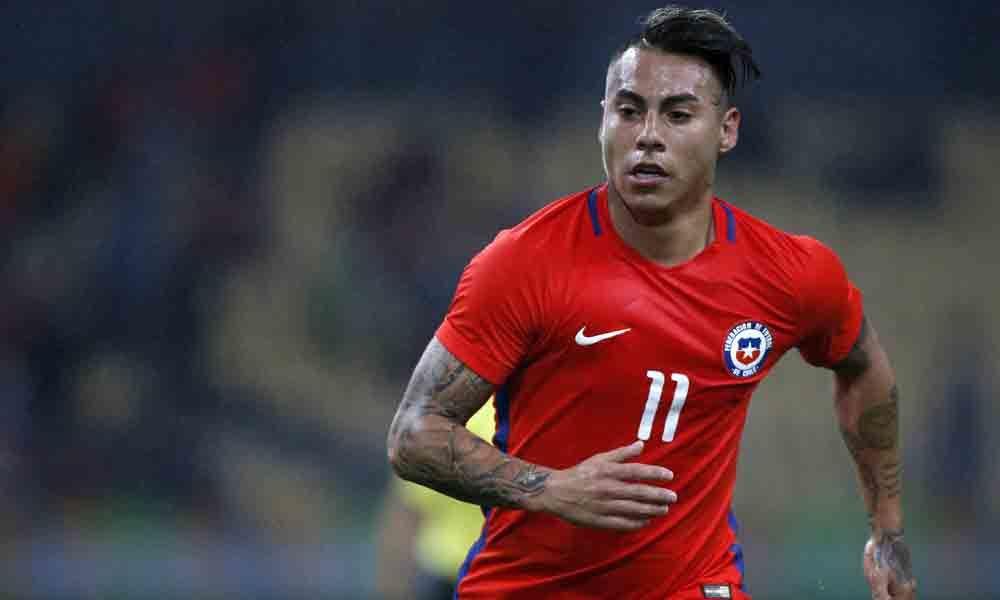 Vargas brace as Chile rout Japan