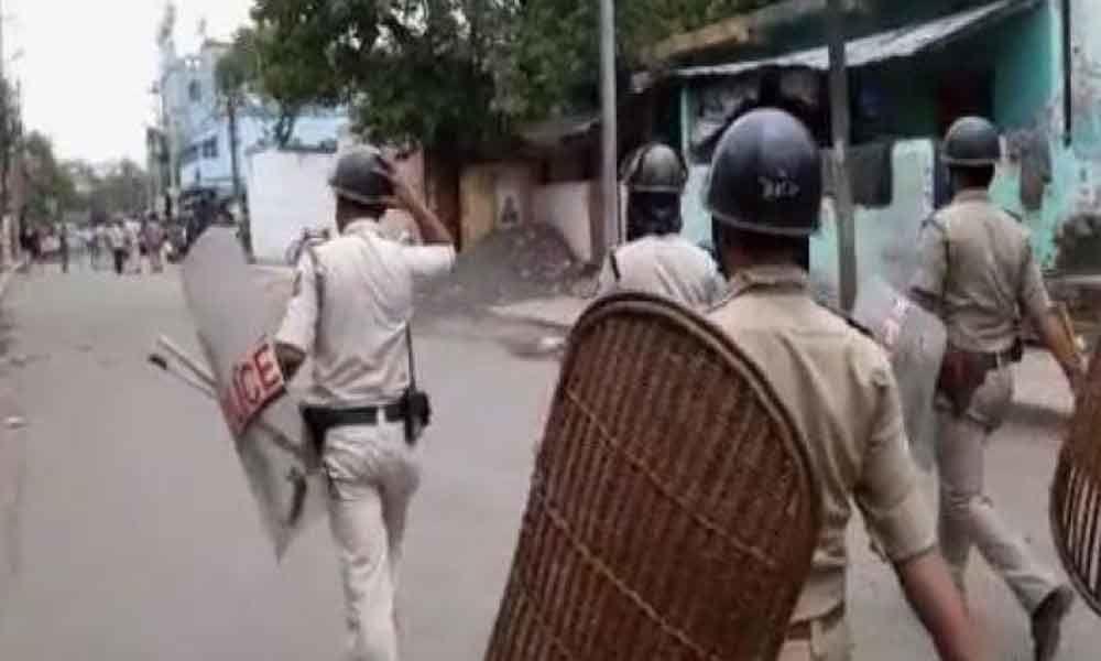 Violence in West Bengals Bhatpara; 1 shot dead, 3 injured