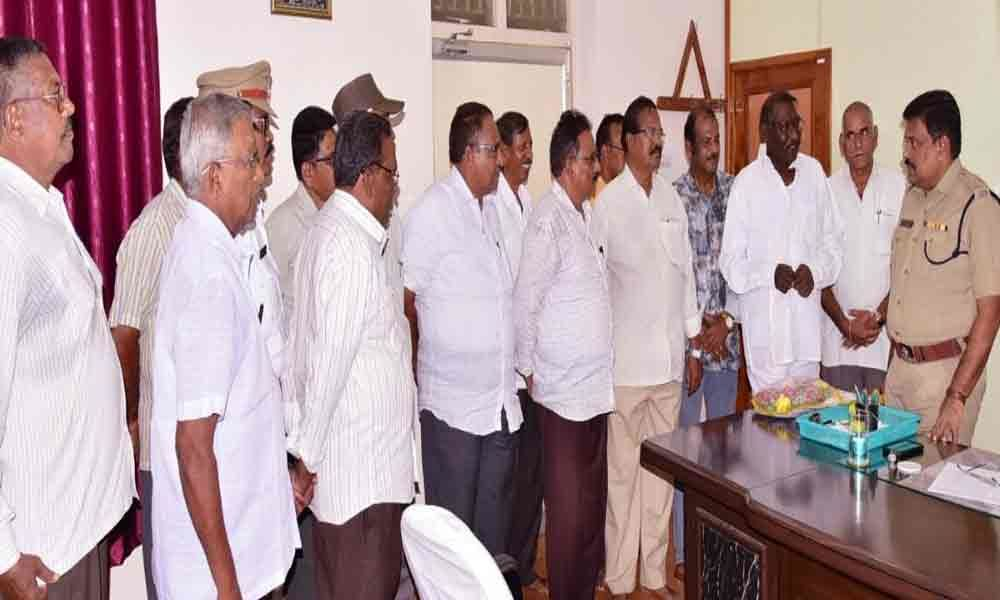 277 cops in Krishna district available weekly-off on first day