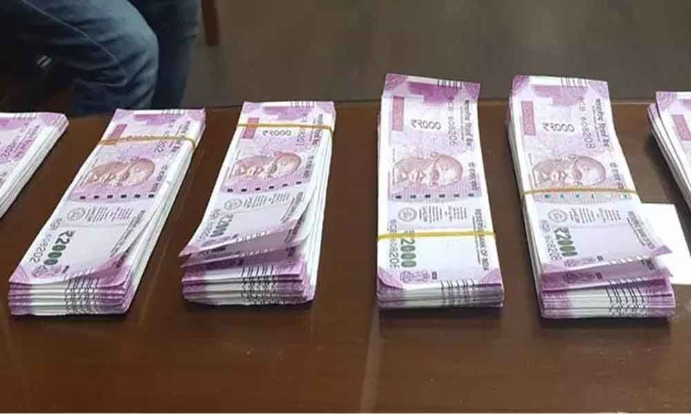 Special Task Force seizes fake notes worth Rs 2 lakh in Kolkata, two held