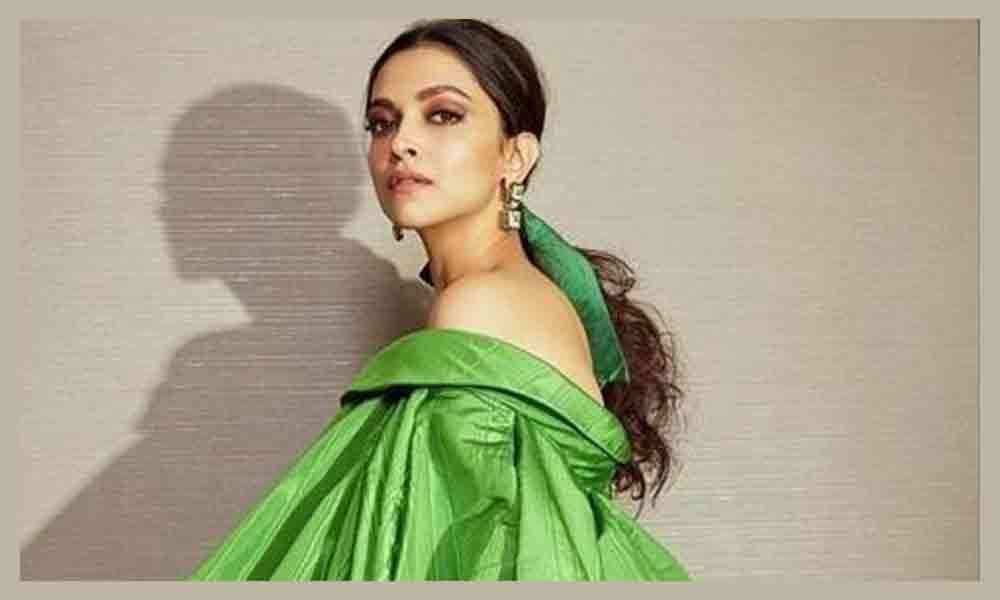 Deepika wows in