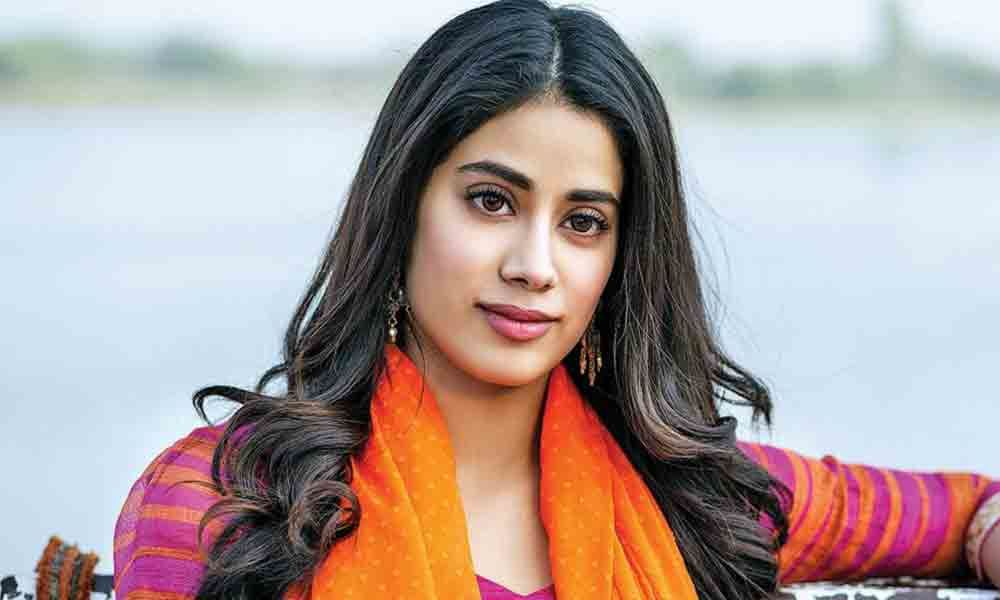 Janhvi Kapoor call herself  old fashioned