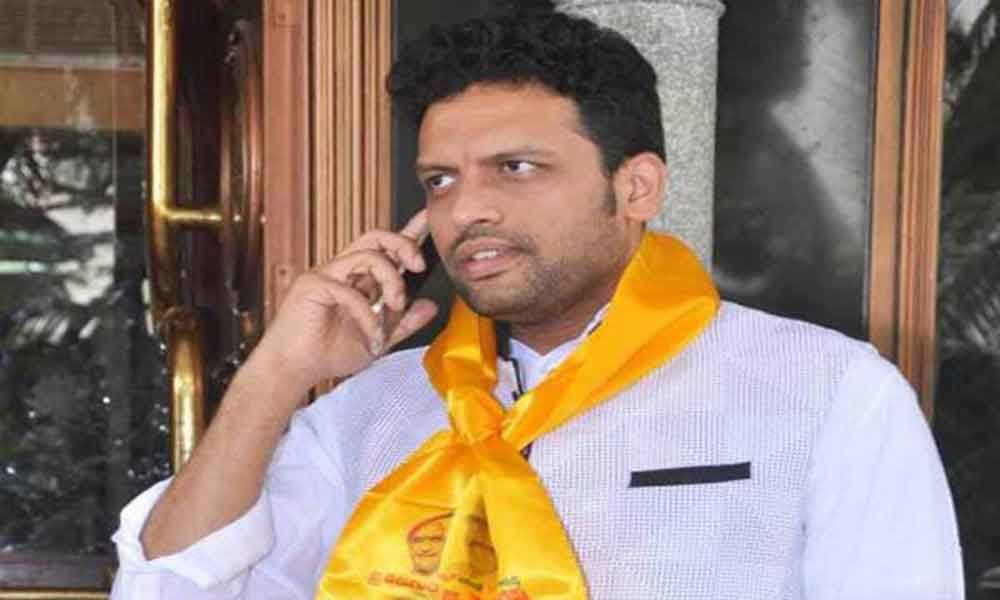 Will continue in TDP says MP TG Venkatesh