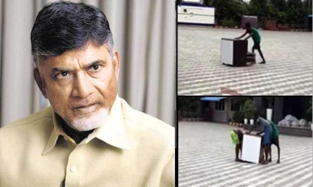 TDP leaders fire on YSRCP over Praja Vedika