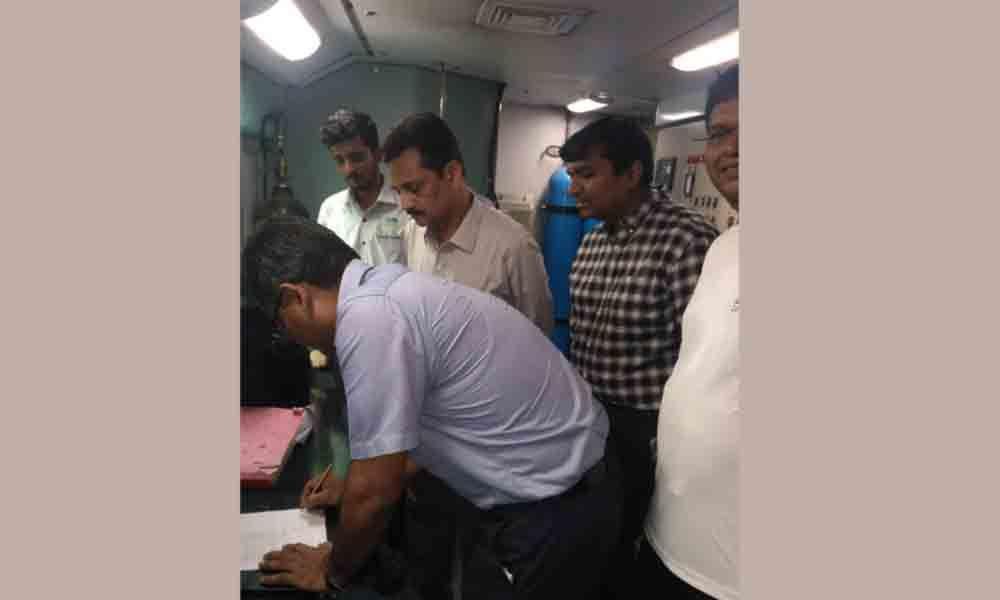 Visakhapatnam: ADRM Akshay Saxena initiates passenger contact campaign in AP Express