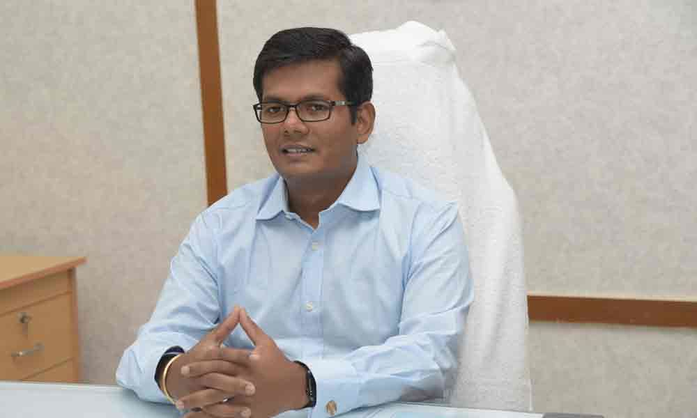 Dinesh Kumar takes charge as Joint Collector