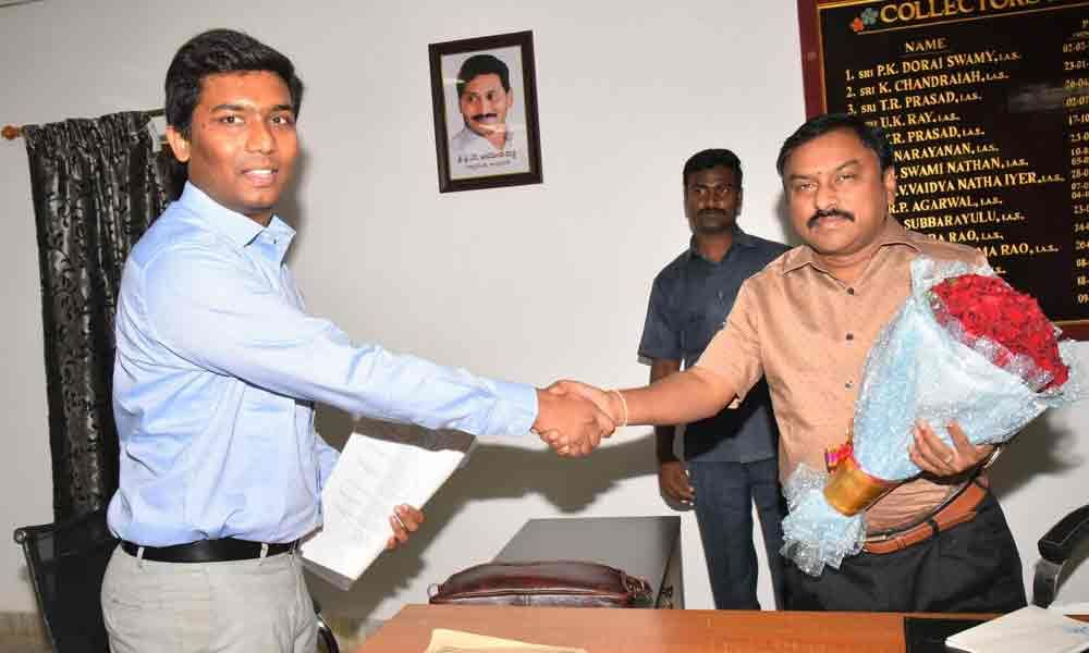 Shan Mohan takes charge as Joint Collector