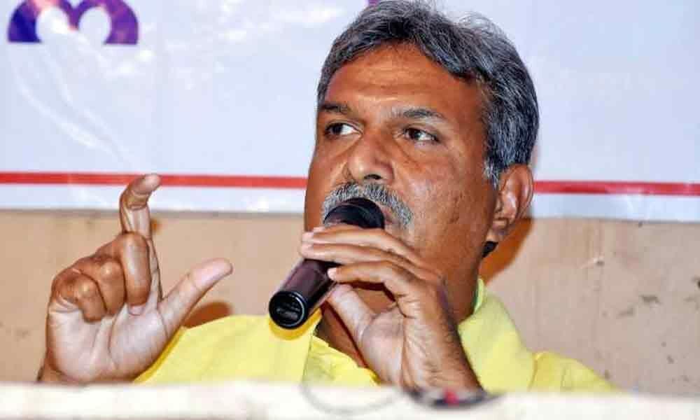 Both CMs discussing on Hyderabad development: MP Kesineni Nani