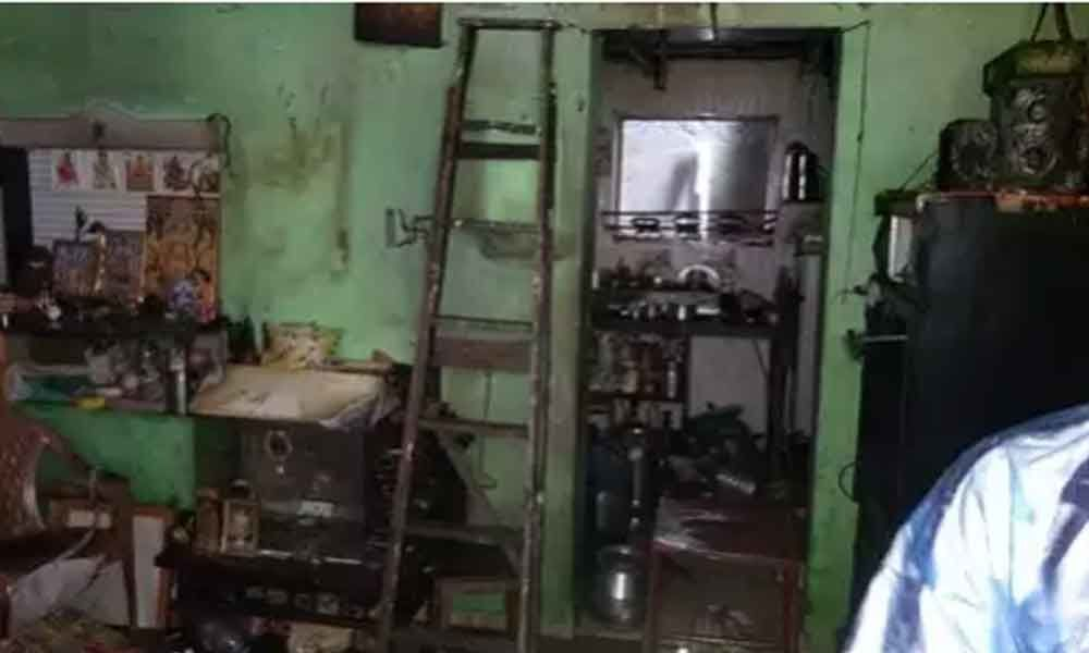 Four of family injured in fire after gas leakage in Maharashtra