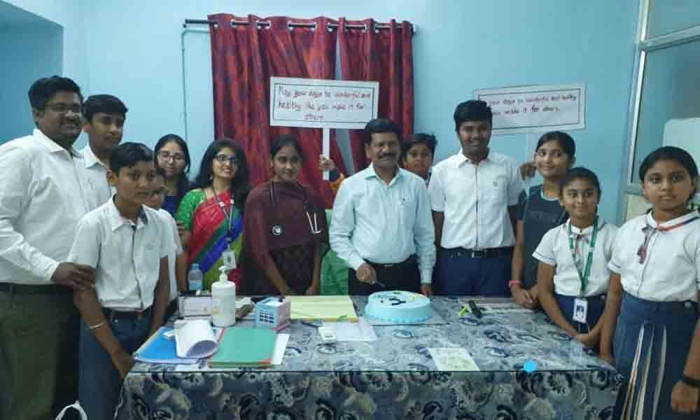 Oakridge students hail doctors services in Vizianagaram