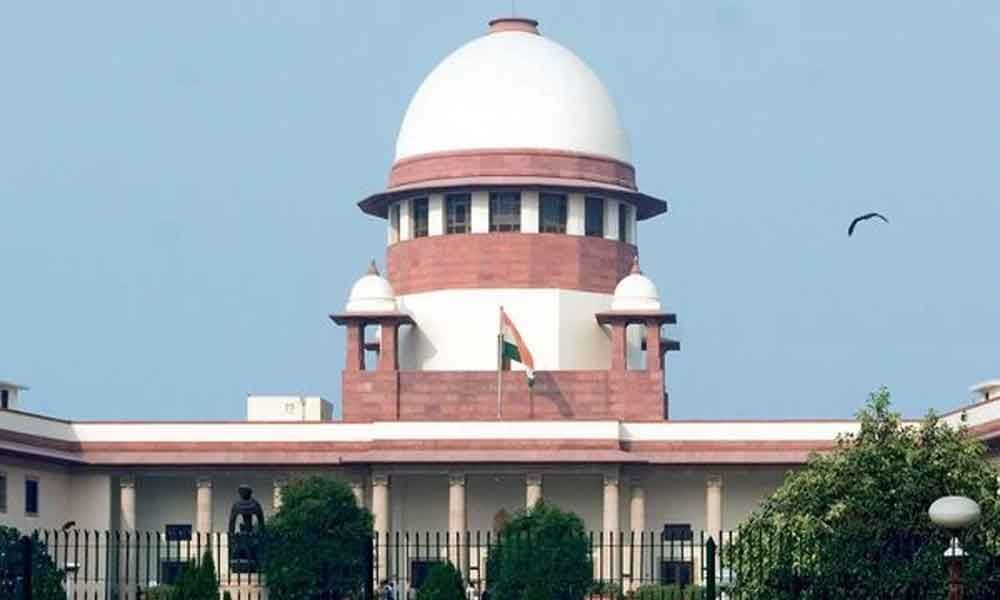 Supreme Court serves notices to Centre,Election Commission  On Banning cash transfer schemes before elections