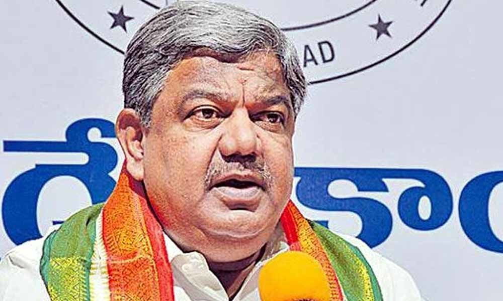 Congress asks KCR to set up YSR Memorial