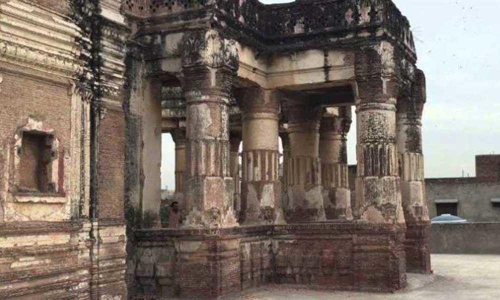Ancient Hindu temple in Pakistan