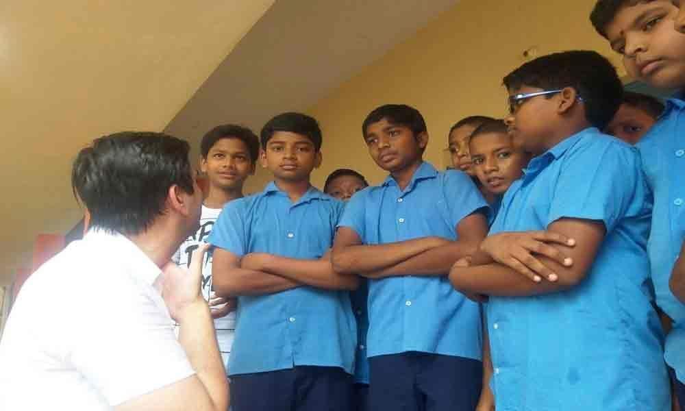 Civic chief, MLA visit municipal school