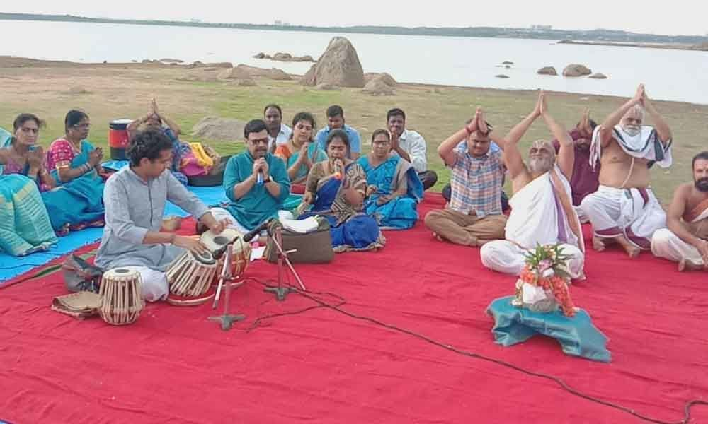 Musicians render ragas for timely rains
