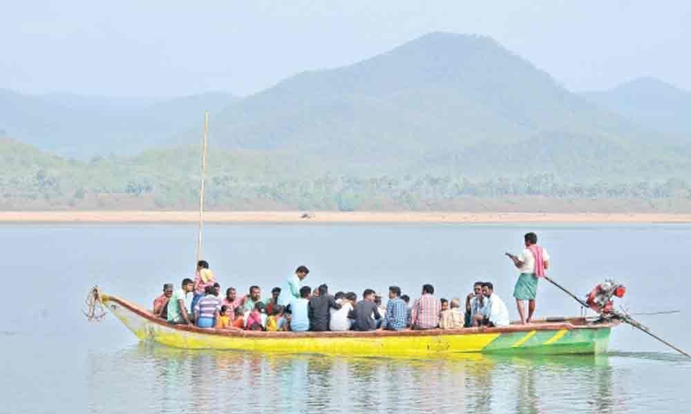 As Godavari rises, lanka, Agency residents in jitters