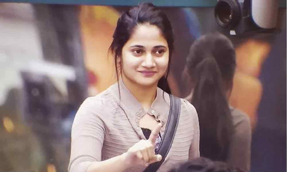 Losliya Army: New Fan Club of Bigg Boss Contestant