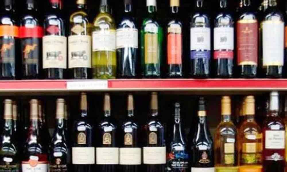 Government to set up limited number of liquor shops from Oct