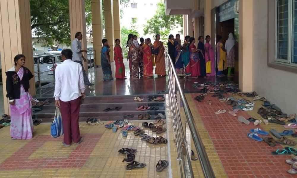 Support staff crunch cripples govt hospital