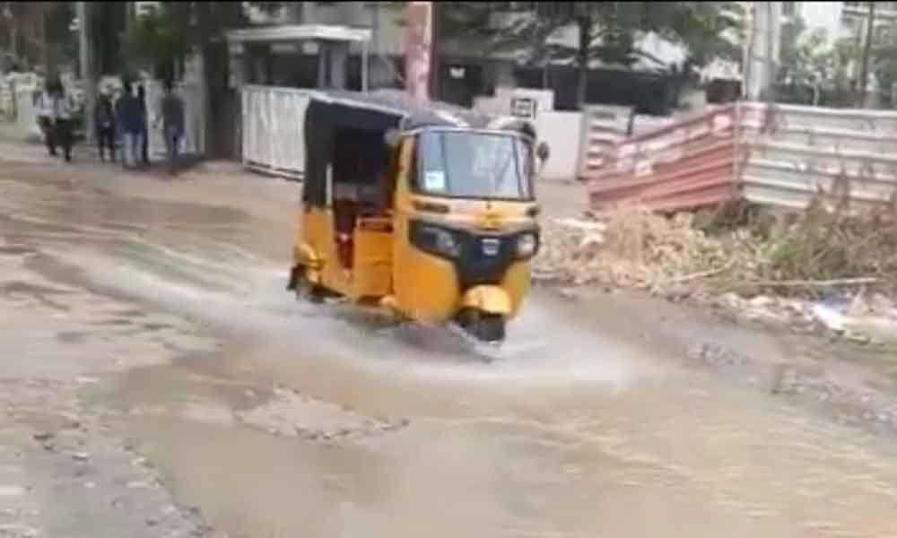 Drainage overflow rankles commuters