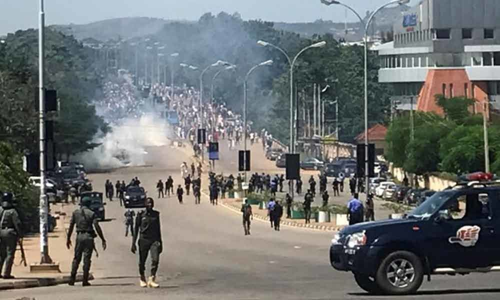 Shiites, security forces clash in Nigerian capital