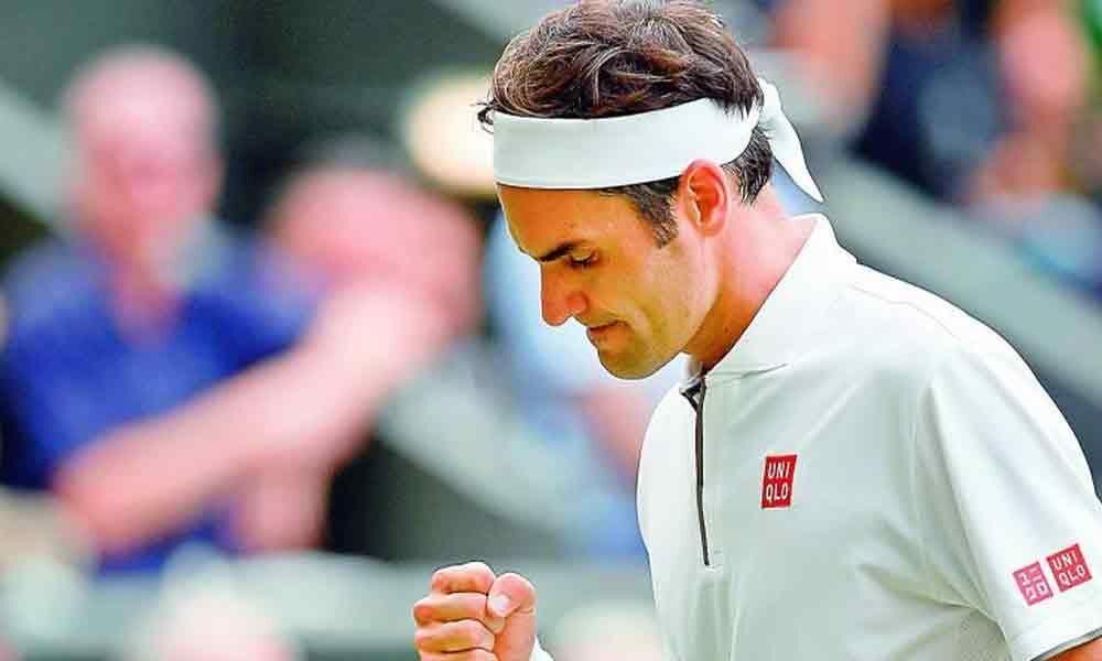 Roger Federer locks Kei Nishikori