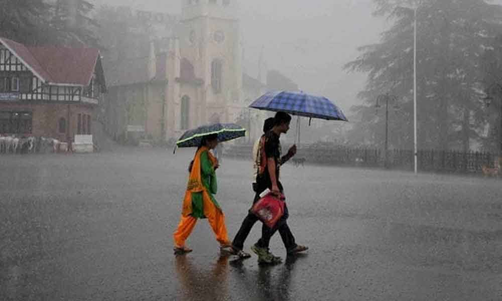 Light to heavy rains in Himachal